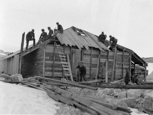 Mawson Hut Building